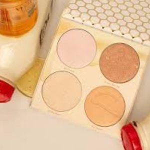 Beauty Bakerie Milk & Honey Highlight Palette NWT